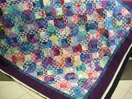 caledonia quilter: Ocean Waves Quilt with Semi-Custom Quilting & The client chose semi-custom quilting which is priced in between  edge-to-edge and full custom. Every longarm quilter will have their own  version of ... Adamdwight.com