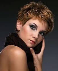 Modele Coupe De Cheveux Court Femme 50 Ans Cheveux Naturels