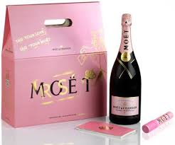 moët limited gift set for valentine s day