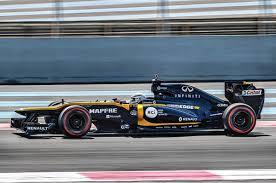 Caranddriverthef1.com es una página web especializada en motor, donde encontrarás toda la actualidad de la fórmula 1, seguimiento en directo de los grandes premios, análisis técnicos. 2012 Lotus Renault F1 Race Car Drive Experience Feature Autocar India