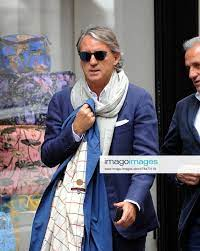 Milan, Roberto Mancini to walk in the center Roberto Mancini, waiting to  know his new team to coach,