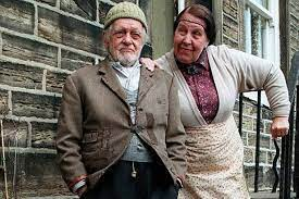Long-awaited memorial to Last of the Summer Wine star Compo could be just  weeks away - YorkshireLive