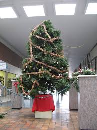 Worst Mall Christmas Tree Ever  As A Mall If Youu0027re Goingu2026  FlickrWorst Christmas Tree