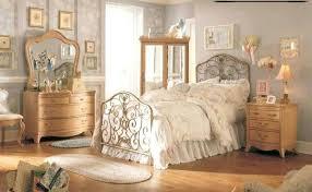 Antique looking furniture cheap Baroque Vintage Looking Furniture Simple Steps Style Bedroom Nyc Cheap Vintage Looking Furniture Chuckmnavyhistoryinfo Vintage Looking Furniture Antique Online Shop Redbanktweed
