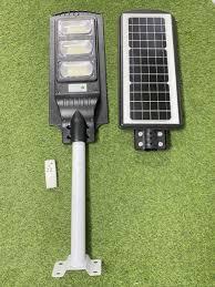 Đèn năng lượng mặt trời Solar Light 90W liền thể, bảo hành 2 năm, giá phù  với người tiêu dùng