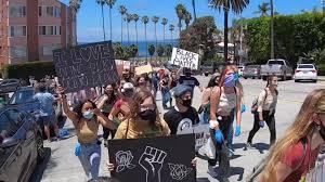 La Jolla protest draws hundreds in push ...