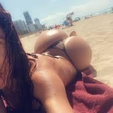 Resultado de imagem para Betty Marquez é uma modelo latina que vive em Miami