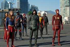 DC CW Superhero Crossovers Reveal Fatal Flaw in Netflix Binge Watching |  IndieWire