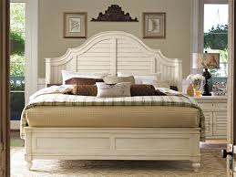 Paula Deen Bedroom Furniture Collection Steel Magnolia Universal Furniture Paula Deen Home Steel Magnolia Bed Queen