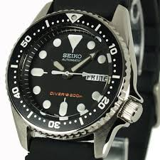 skx013k1 seiko divers watch s diving watch snorkling skx013k1 seiko divers watch s diving watch snorkling swimming watch seiko men s mid size automatic pro s divers 200m rubber strap skx013k