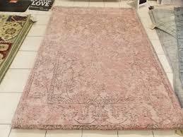 vintage style rug color pink