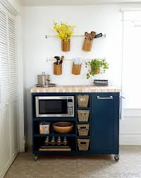 Custom DIY Rolling Kitchen Island ...with butcher block top, and a place