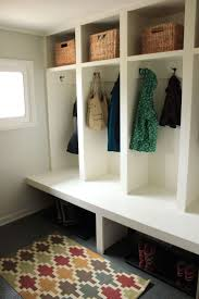 45+ Superb Mudroom & Entryway Design Ideas with Benches and Storage Lockers  (PICTURES