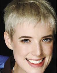 very short and straight hairstyle for fine hair best short haircuts for straight fine hair very