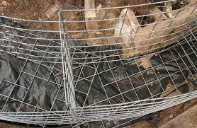 how to build a curved gabion wall