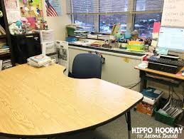 cool things to put on your desk awesome 5 things all teachers should do before going