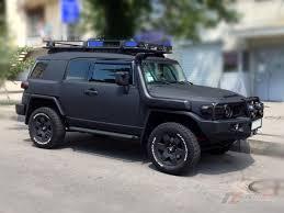 refCars: Matte-Black Tuning Toyota FJ Cruiser