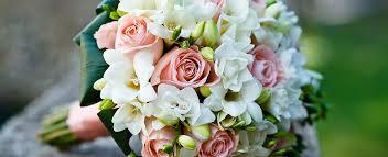 The <b>Flower Girl</b> Florist Luton Order Online or 01582 599120