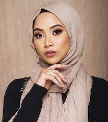 226 likes 3 ments humaira waza hijab stylist humairawaza on