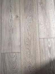 b q laminate flooring
