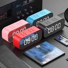 Saat Bluetooth hoparlör LED ayna çalar saat Subwoofer müzik çalar erteleme  masaüstü saati taşınabilir ayna MP3 oynatıcı şarj cihazı Alarm Clocks