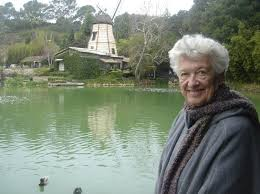 Doris Rhodes Obituary - Visitation & Funeral Information