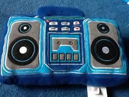 pillow radio. free: plush tunes working fm radio pillow