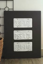 diy license plate wall art