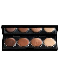 bring out any green tones in your eyes by sweeping on a soft army green shadow
