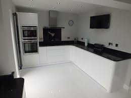 White Laminate Kitchen Worktops 10 Best Ideas About White Gloss Kitchen On Pinterest Worktop