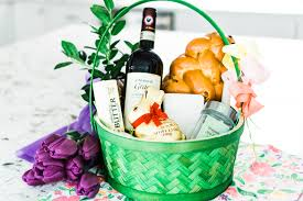 Polish recipes and traditions for easter. Polish Easter Basket Blessing Our Family Tradition Fortuitous Foodies