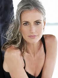 60 Year Old Model Gillian Mcleaod Dáma Krásné Vlasy účesy A Vlasy