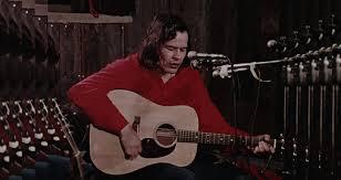 The Story of Trailblazing Indigenous Folk Singer Willie Dunn ...