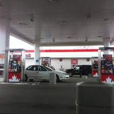petro canada erindale 3011 wolfedale rd