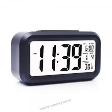 battery operated digital alarm clock with extra large display snooze date display temperature