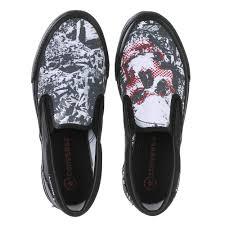 converse unisex. converse unisex skateboard shoe with skull and crossbones motif slip ons bild /documents/image converse