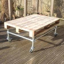 recycled pallet rolling coffee table
