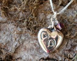 hoofprints heart horse memorial necklace