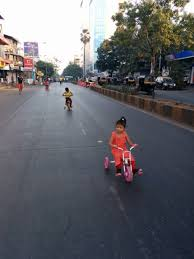 """Priyanka Vasudevan on Twitter: """"Streets are our largest public spaces,  allowing people to interact in many different ways. The #Mumbai DP recently  recognised this dynamic and introduced a provision for @EqualStreets-like  concepts,"""