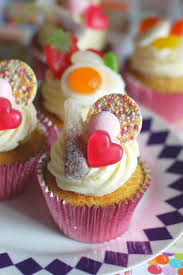 Cupcake Decorating Accessories Birthday Cupcake Decorating Ideas 48