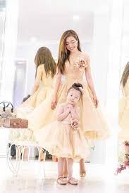 Điểm mặt các mẫu váy đôi mẹ và bé xinh xắn nhất