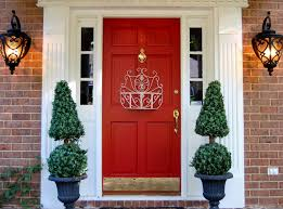 Decorations:Amazing Red Door In The Center Of Green Plants Crawl On The  Wall Enticing