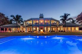 Dions home office Pizza Celine Dions Jupiter Florida Mansion Photo Top Ten Real Estate Deals San Antonio Expressnews Celine Dions Mansion In Jupiter Florida San Antonio Expressnews