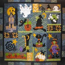 1074 best HALLOWEEN QUILTS images on Pinterest | Quilt patterns ... & MooseStash Quilting: Adamdwight.com