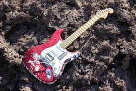 the philosophy of the fat strat single coils and humbuckers at stratocaster a humbucker in the bridge
