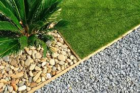 using gravel in landscape design