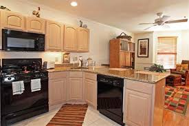 pickled oak cabinets. Brilliant Pickled What Color Walls With Pickled Oak Cabinets HELP Hardwood Floor  Countertops Paint  CityData Forum With Pickled Oak Cabinets T