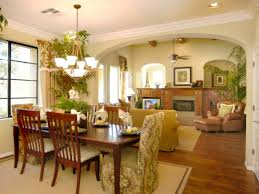 Tropical dining room furniture Tropical Style Adorablesmalldiningroomdesignwithtropicaltheme Gaing How To Make Beautiful Small Dining Room With Tropical Theme