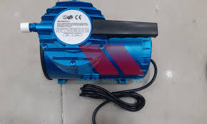 Máy bơm hơi mini xách tay AS-06 điện áp 220v 0985 330 530