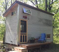 manitoba tiny house